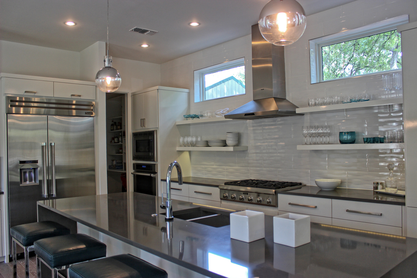 R-Designs-Jane-Reece-Dawson-kitchen.jpg